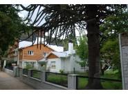 C083 Exclusivo lote centrico  con casa sobre RIVADAVIA, 1200 m2. Inmejorable ubicación