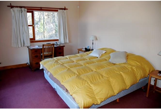 C007 - Casa en Altos del Sol tres dorm. mas amplio quincho