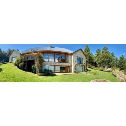 C151 Exclusiva propiedad en Chapelco Golf - 672 m2