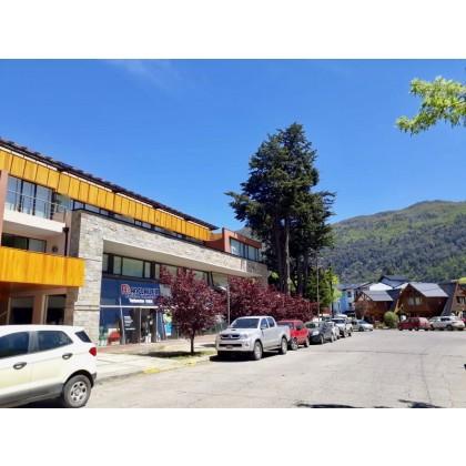 D146 Excelente departamento céntrico de 1 dormitorio con cochera 37 m2 mas balcón