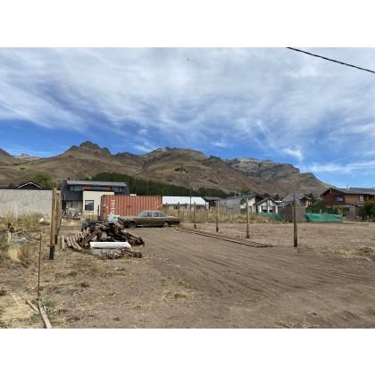 T177- Lote de 250 m2 con  todos los servicios en Valle Alto