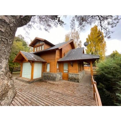 C035 - Excelente propiedad en Altos del Sol casa de 140 m2 en lote de 1150 m2