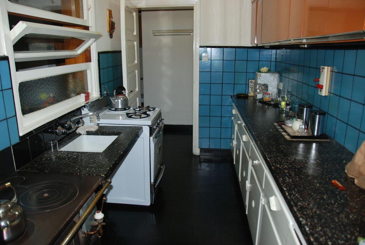 T127 Exclusivo lote centrico  con casa sobre RIVADAVIA, 1200 m2. Inmejorable ubicación